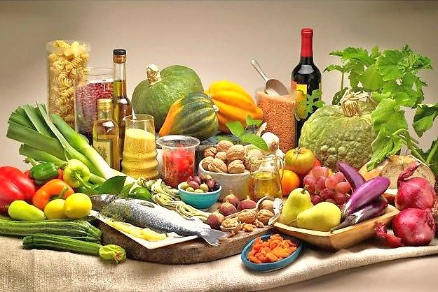 picture of fruits and veggies and oil together